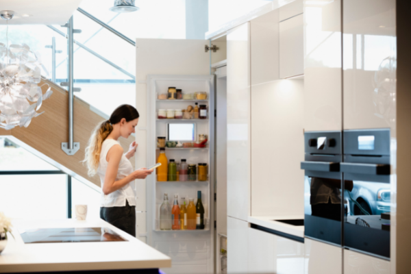 An Overview Of A Smart Fridge: What To Know