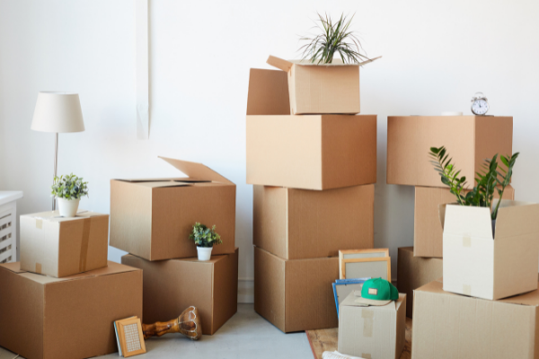 Keep Your Home Free From Clutter With These Helpful Unpacking Tips